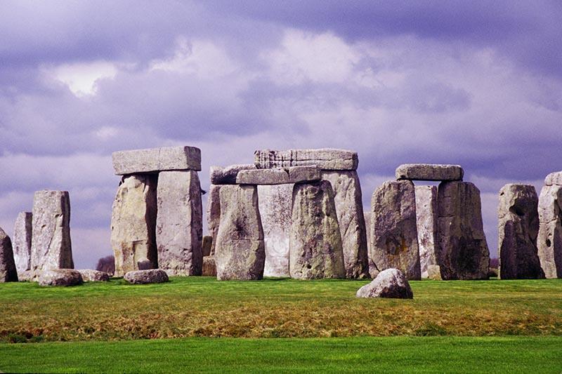 external image stonehenge.banner.jpg